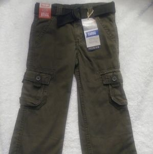 Boys Cargo Wrangler Pants sz 5 reg